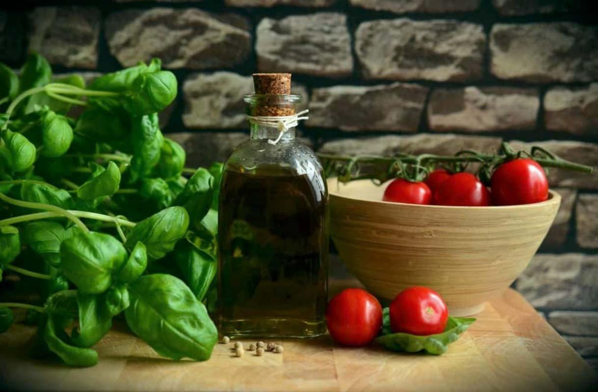 Pause Moderne -Box creative et gourmande Article blog -Basilic pour sauce dips