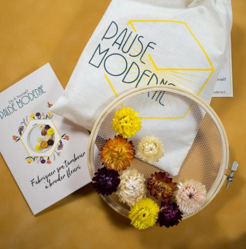 Kit loisirs créatif tambour broderie fleurs séchée