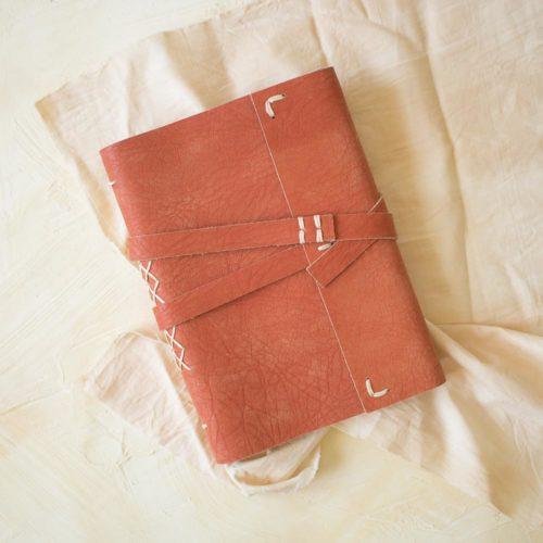 Kit DIY – Créer son carnet en cuir