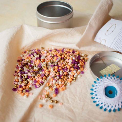 Mini kit de perles heishi et pierres précieuses – 50g