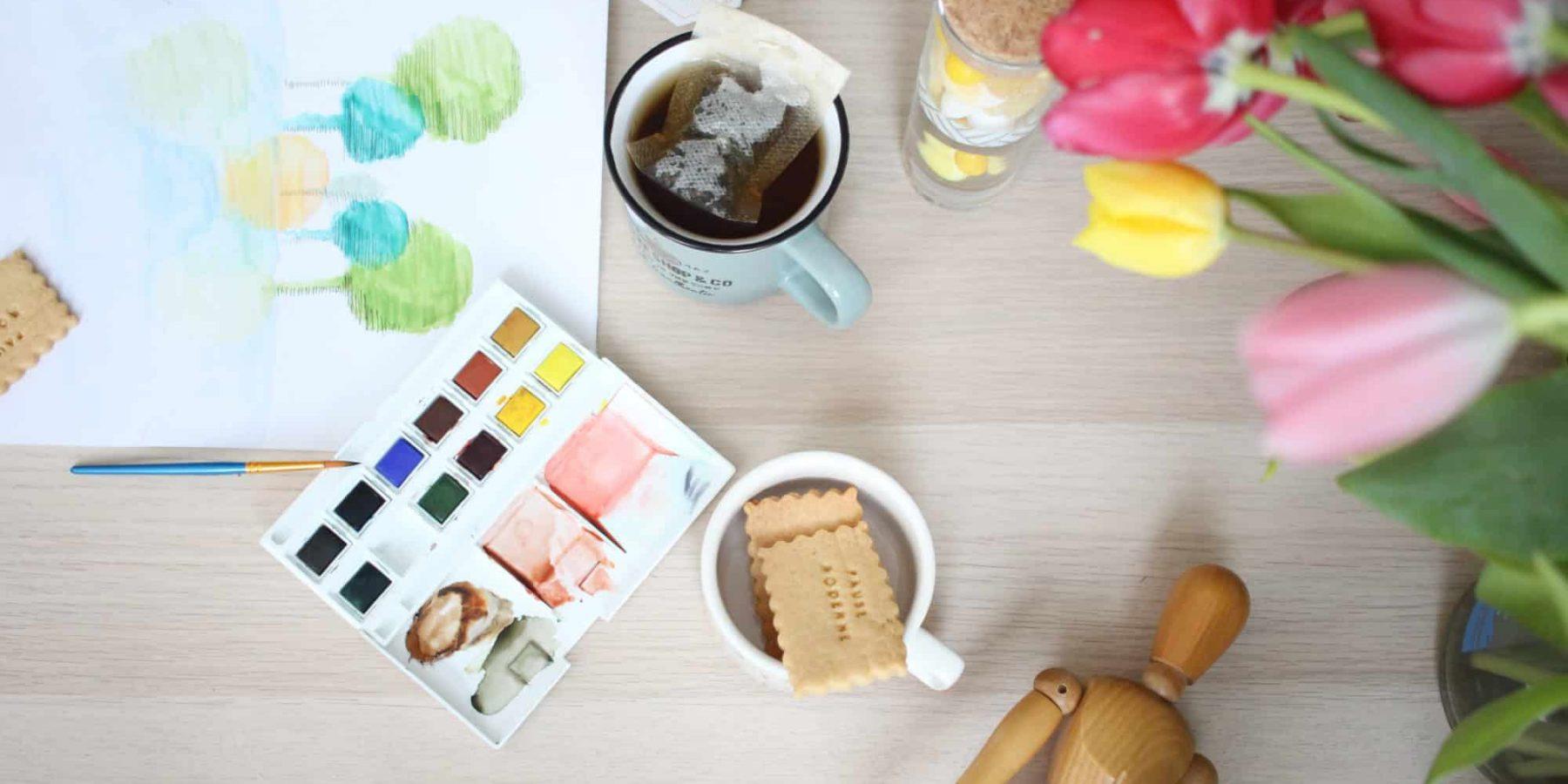 Broderie Aquarelle et un bon thé